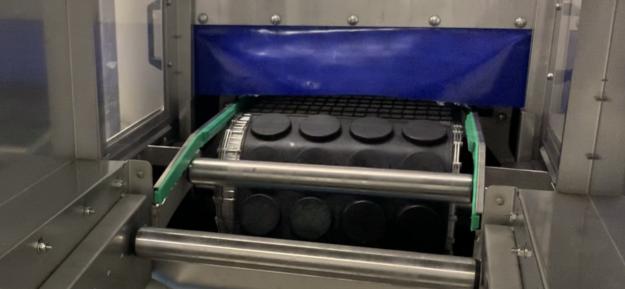 Photo de l'actualité Tunnel de lavage et séchage pour moules souples
